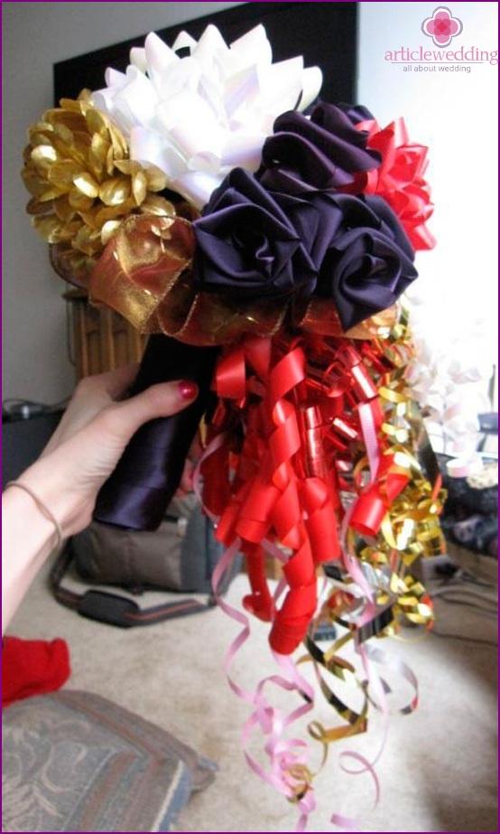 Extravagant bridal bouquet