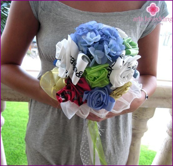 Rehearsal bouquet of ribbons and artificial flowers