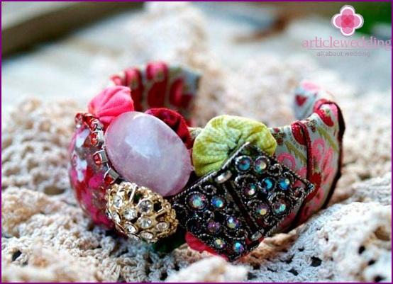 Luxury bracelets for bridesmaids