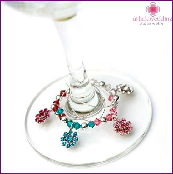 Decorative decoration of glasses
