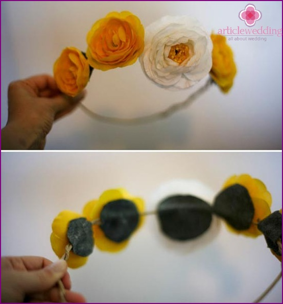 Glue the flowers to the hoop