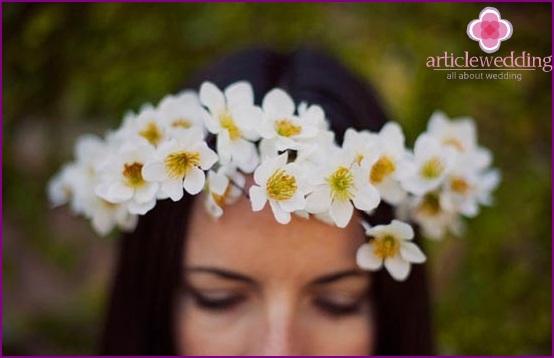 Romantic wreath for a wedding
