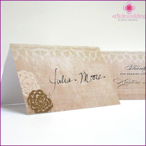 Banquet cards decorated with lace