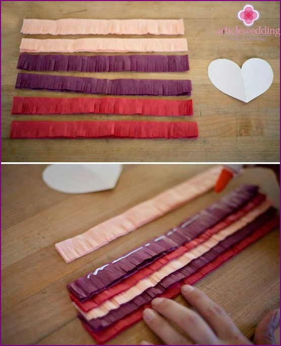Make six strips of paper