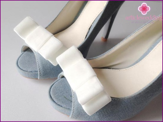 Bows for wedding shoes