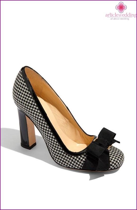 Creative shoe clips