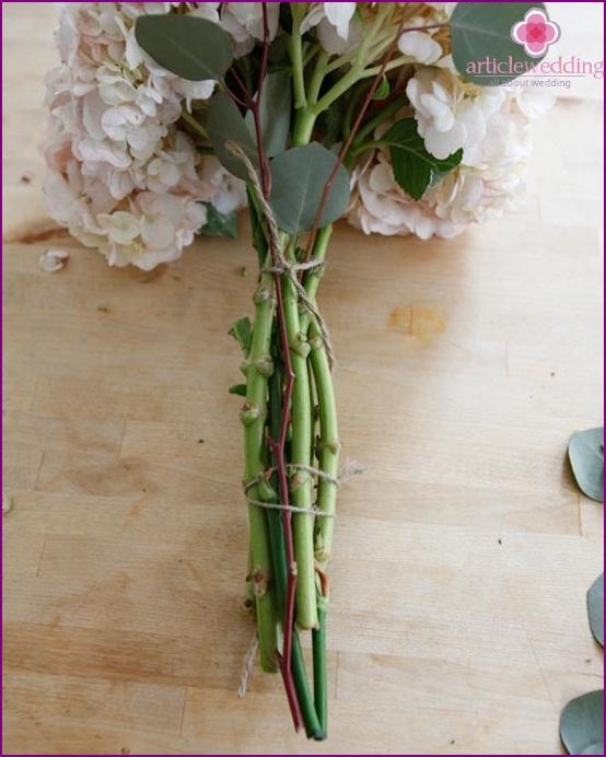 Insert eucalyptus into the bouquet