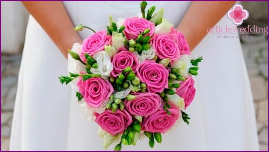 Roses in a bouquet design