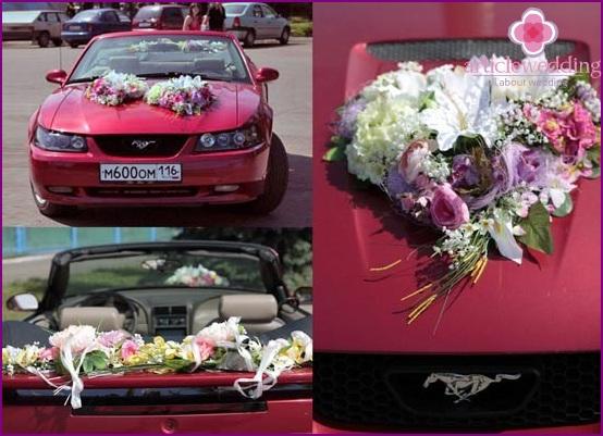 Fresh flowers on a motorcade