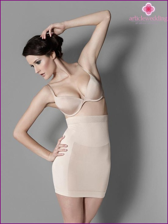 Shapewear for the bride