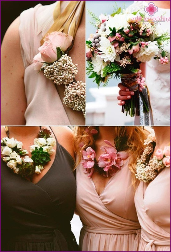 Necklaces for bridesmaids
