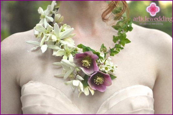 Necklace of flowers for a wedding
