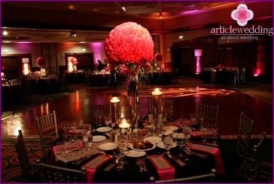 Hochzeitsdekoration von Blumen