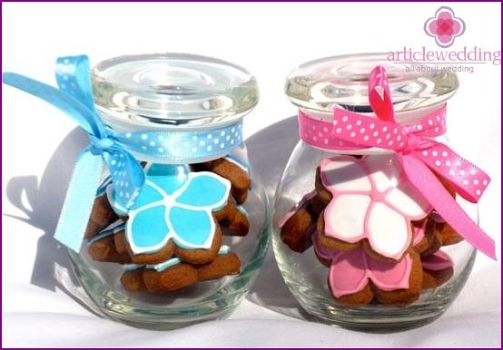 Kekse in Gläsern