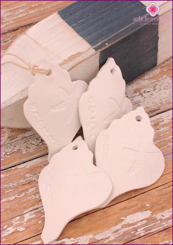 Clay wedding accessories