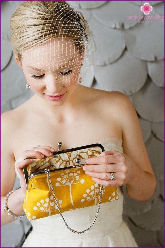 Handbag bride