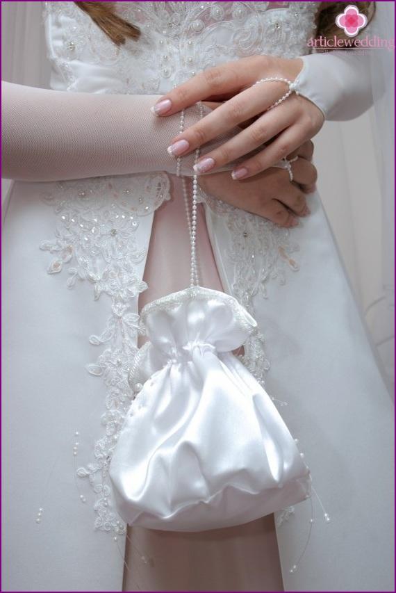 Handbag for the bride