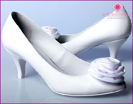 Schuhen mit hohen Absätzen
