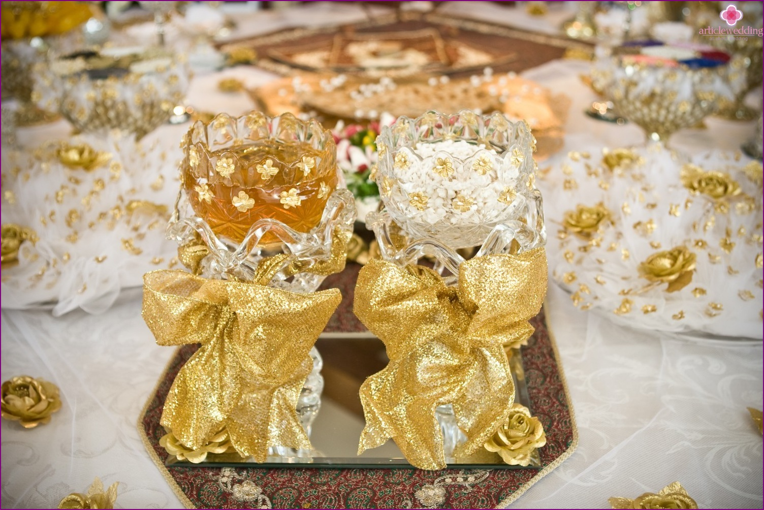Decoration of glasses for a honey wedding