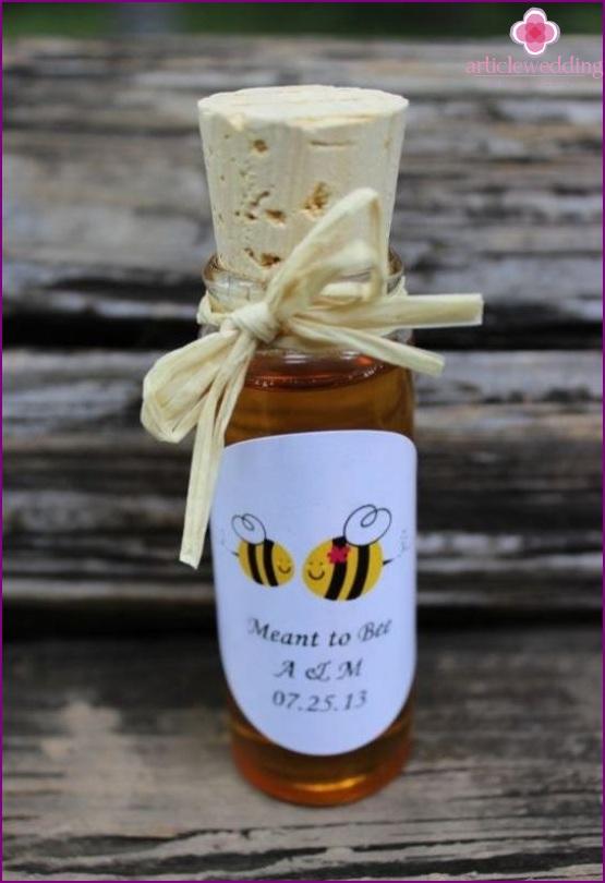 Bonbonniere for a honey wedding