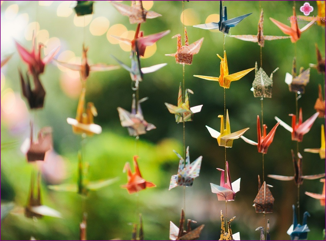 Origami for wedding photo zone