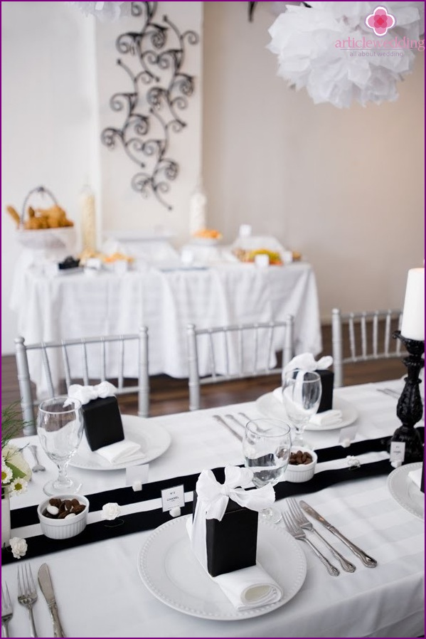 Wedding decoration a la Chanel