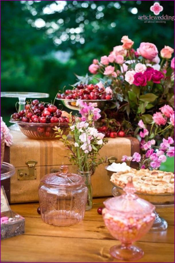 Sweet Cherry Wedding Table