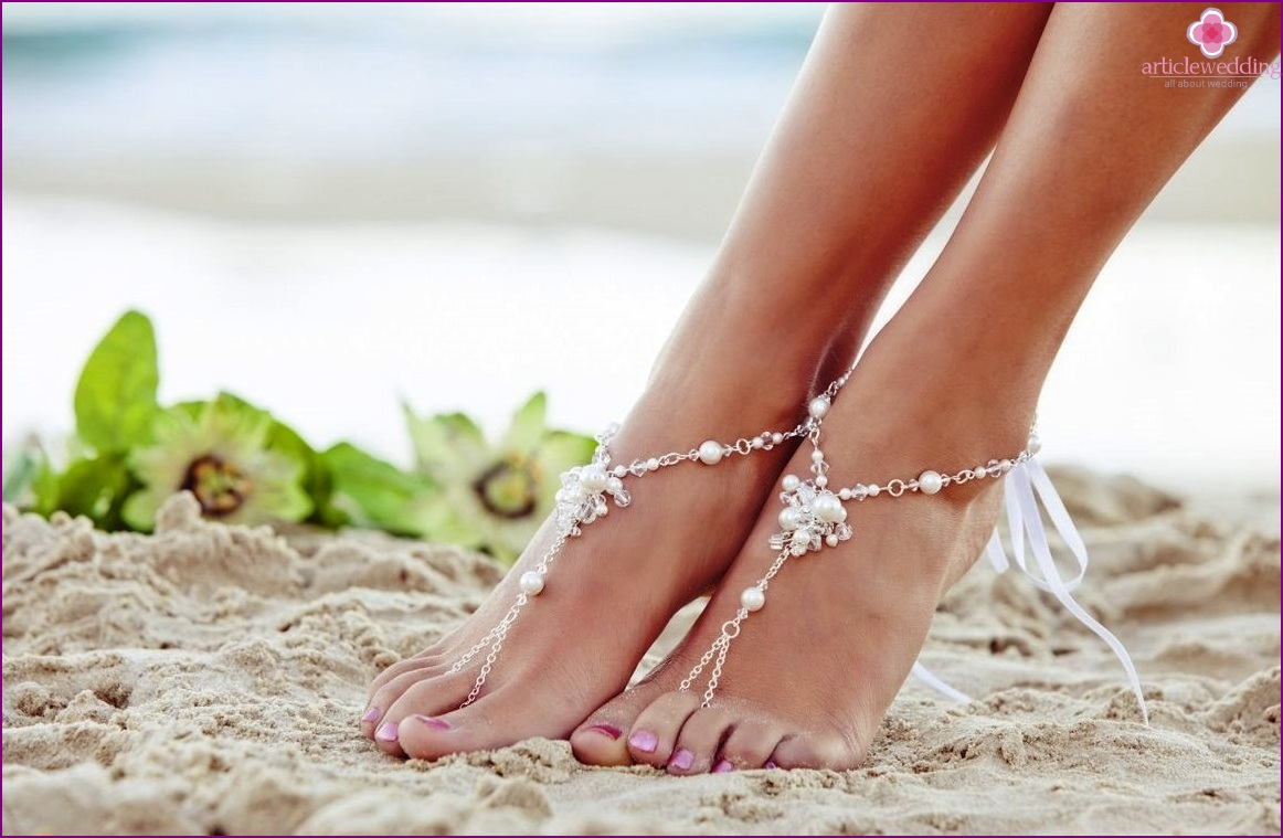 Bracelets on the legs of the bride