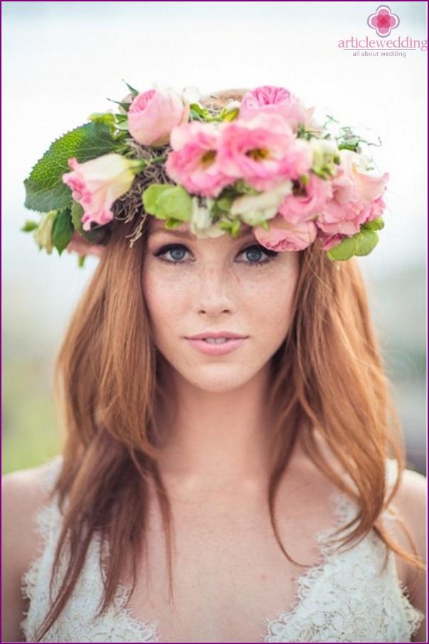 Bright bride wreath