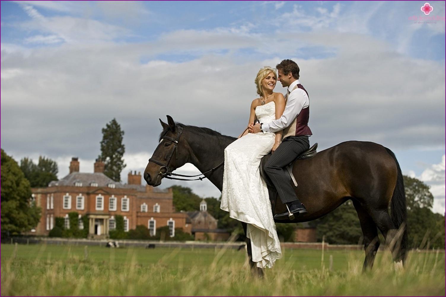 Newlyweds on horseback