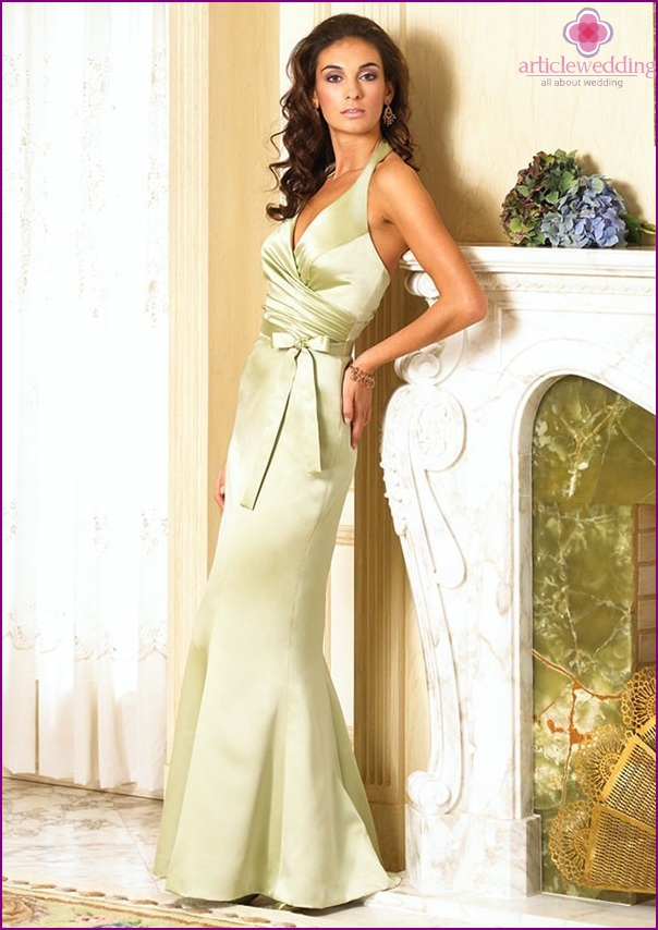 Elegant dress in pastel green