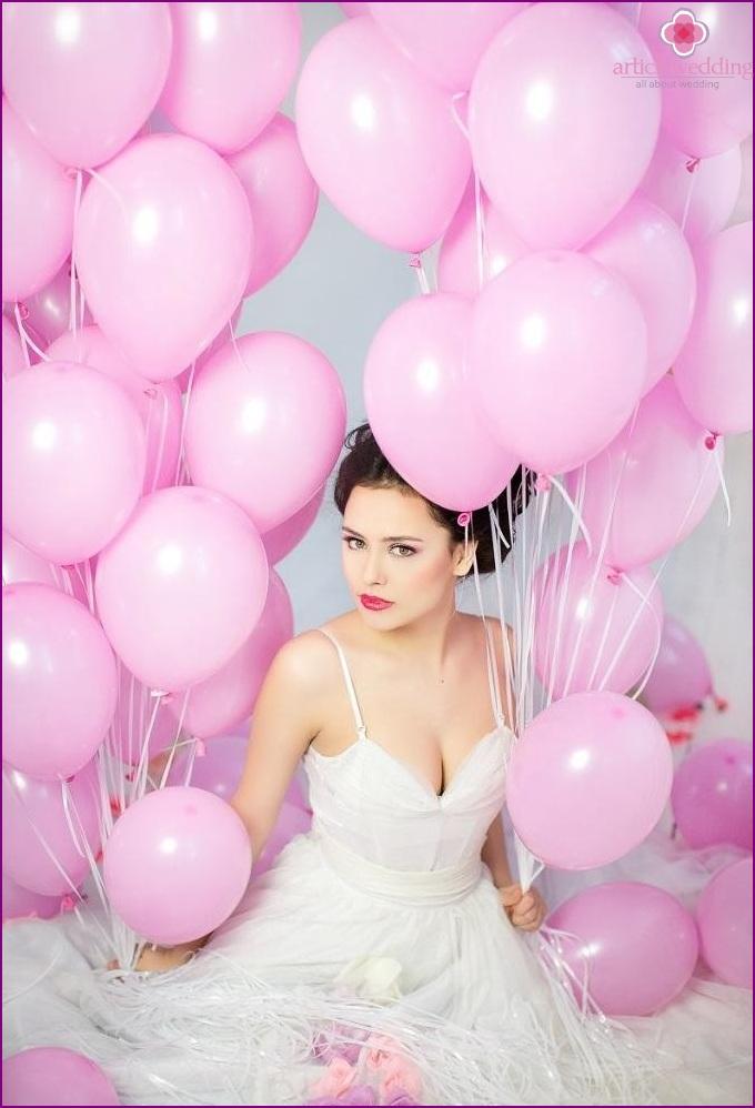 Bride with balls
