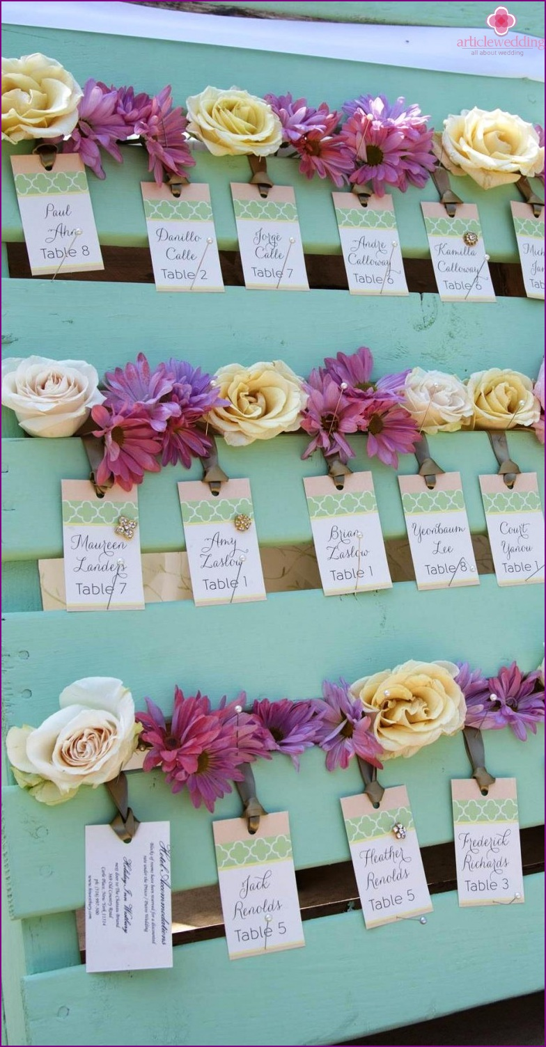 Flower stand for cards