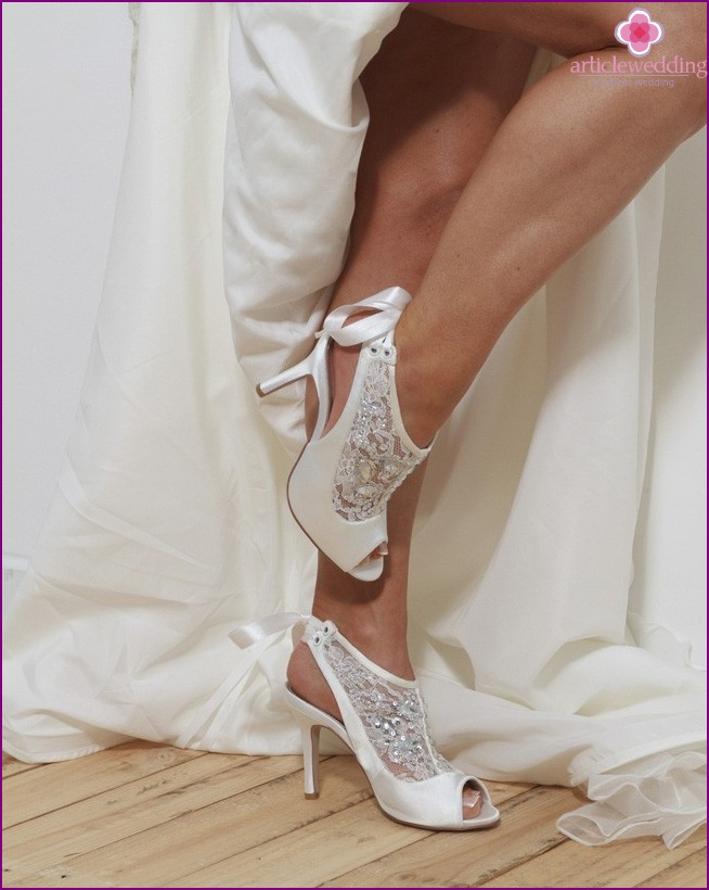 Fashionable wedding shoes