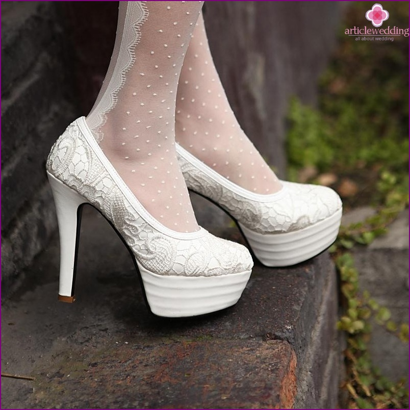 Platform shoes for the bride