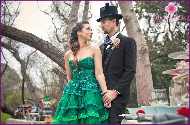 The image of the newlyweds in the style of the Wizard of the Emerald City