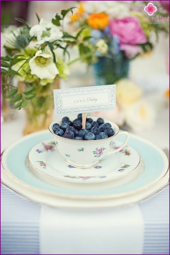 Blueberry decor