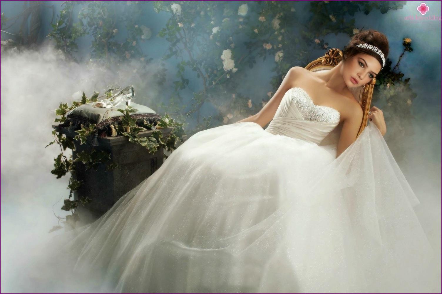Cinderella style wedding