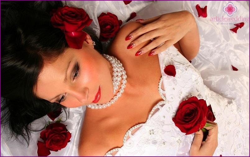 Bright bride manicure