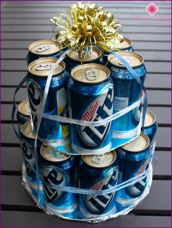 Cake of cans