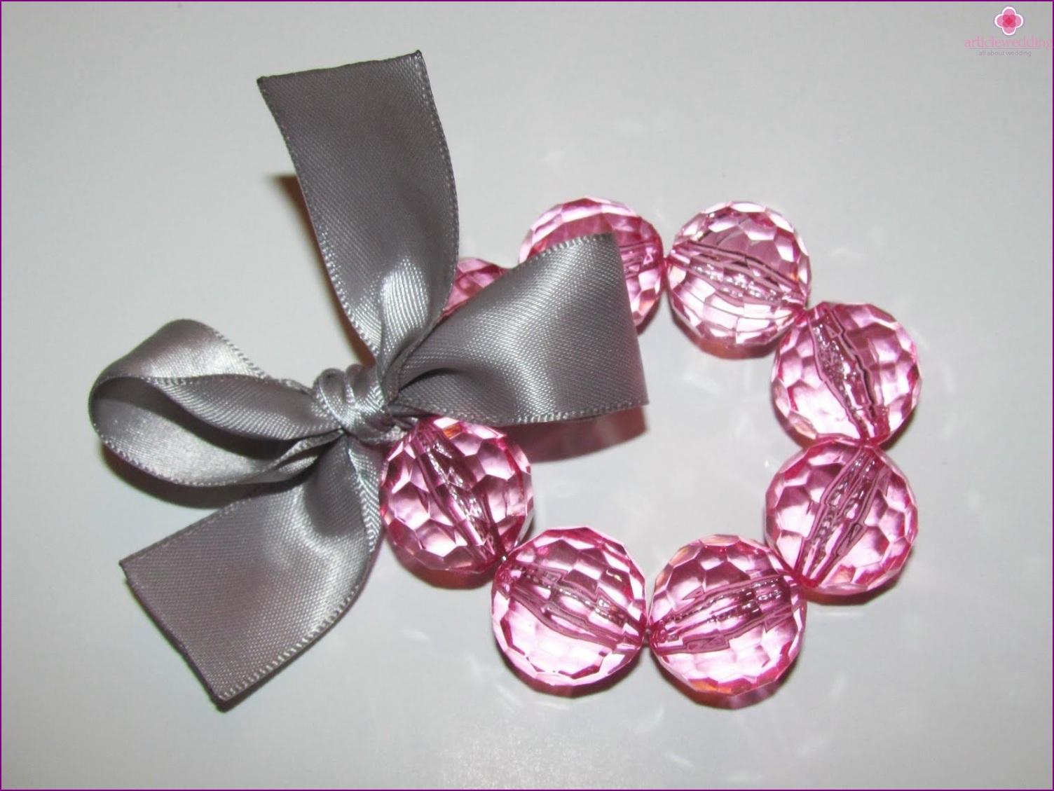 Bracelet with transparent beads