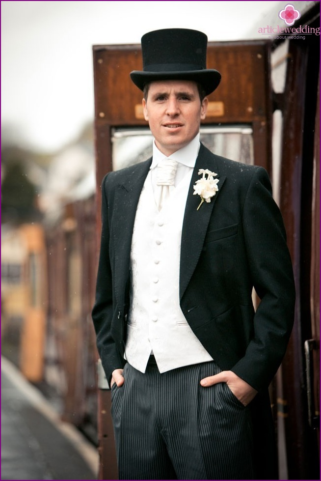 Groom with a hat