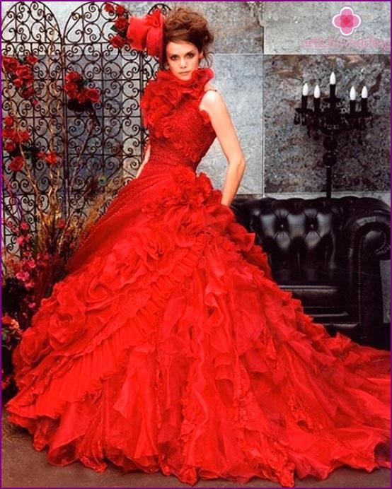 Queen's wedding dress