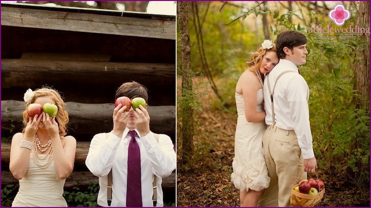 Newlyweds in the apple style
