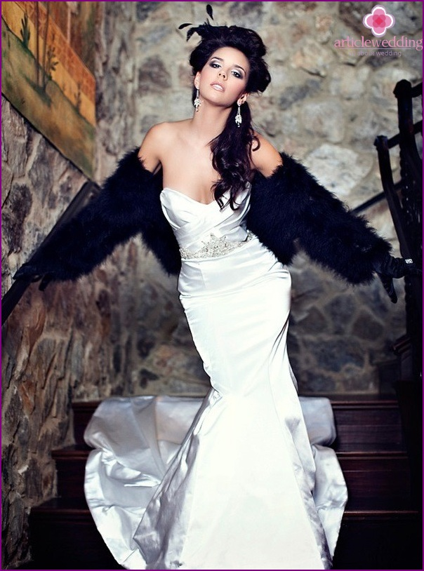 Hollywood style bride
