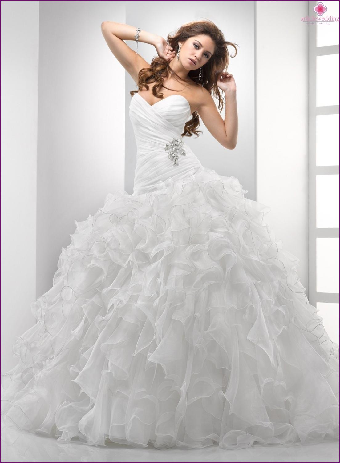 Wedding dress balloon