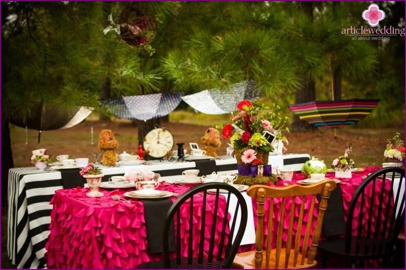 Alice in Wonderland style wedding