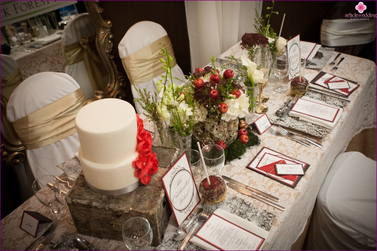 Table decor in the style of