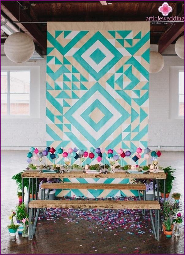 Geometric stand for wedding decoration