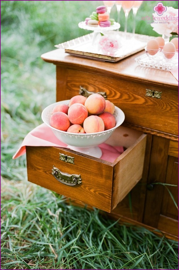 Peach Style Wedding Ideas